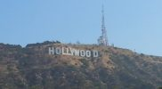 Hollywood Sign visto da Canyon Lake Dr.